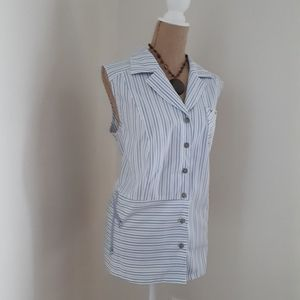 Claire France Sleeveless Button Down Top